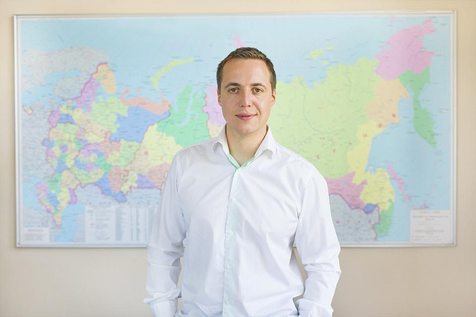 Рабочий стол: Максим Фалдин, Wikimart — Как это работает на The Village