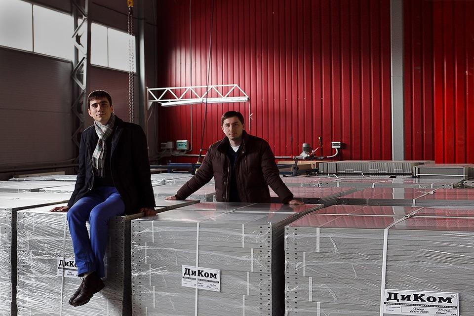 «ДиКом»: Как братья Дорохины оживили семейный мебельный бизнес — Свое место на The Village
