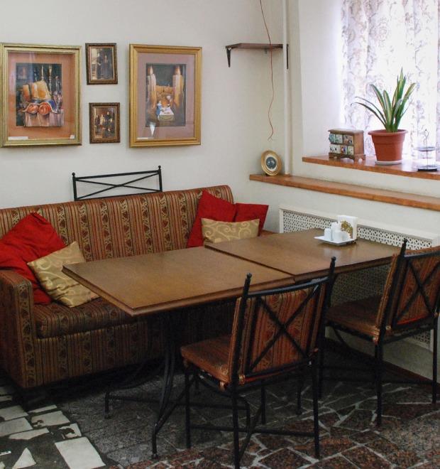 Все свои: Кошерное кафе Golden на Лермонтовском  — Еда на The Village