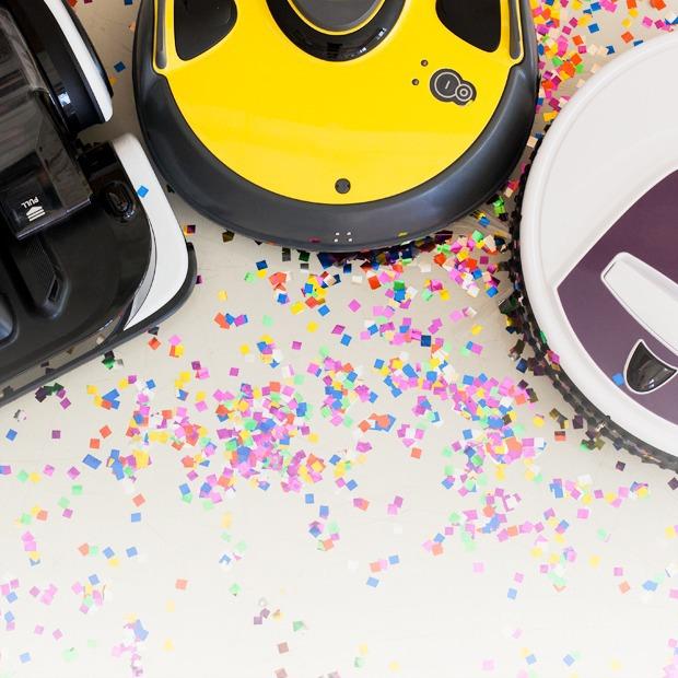 Схватка роботов-пылесосов