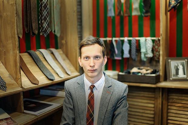 Chehov: Как производство галстуков превращается в ателье