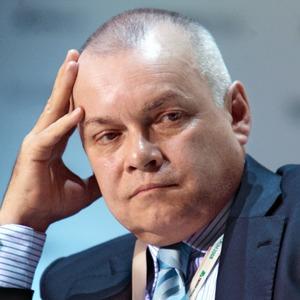 The Village смотрит передачи Дмитрия Киселёва и Владимира Соловьёва с преподавателем логики