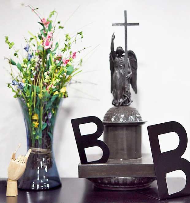 Офис недели (Петербург): BlackBird Agency — Интерьер недели на The Village