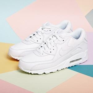 Вещи недели: 8 пар белых кроссовок