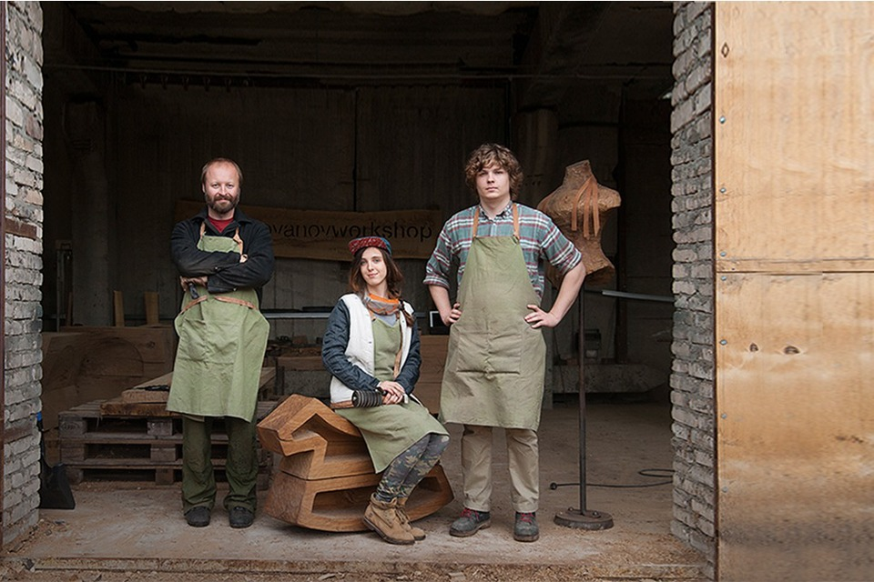 Denis Milovanov: Как бывшие клерки и столяр зарабатывают на мебели из дуба — Сделал сам на The Village