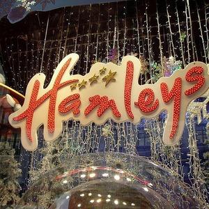 В Москве откроют магазин игрушек Hamleys — Магазины на The Village
