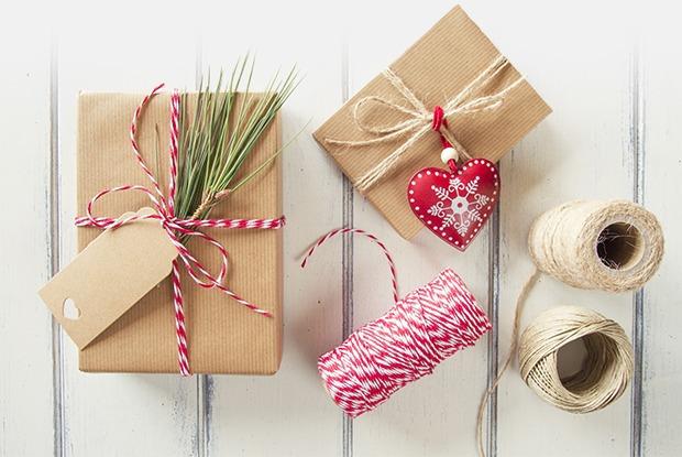 В последний момент: Где искать новогодний наряд, подарки и праздничный декор — Гид The Village на The Village