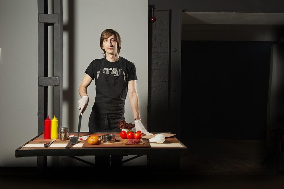 Рабочий стол: Вадим Сарап (The Burger Brothers) — Как это работает на The Village