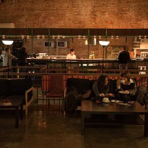 На Красных воротах открылось второе кафе «Люди как люди» — Ситуация на The Village