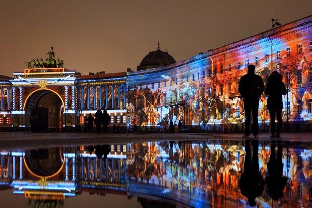 «Тайга маркет», 3D-шоу на Дворцовой, выставка викторианской фотографии и ещё 13 событий — Выходные в городе на The Village