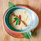 Рецепты шефов: Кукурузный суп на кокосовом молоке с креветками