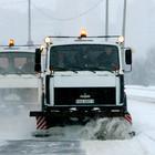 Тысячи людей и машин спасали Петербург от снега минувшей ночью