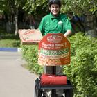 Доставка пиццы на сегвеях