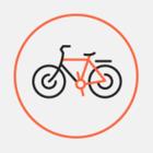 Уходящая в стену велодорожка на Свердловской набережной