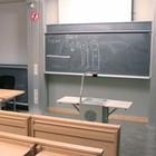Студентам предложили вставать на час позже