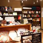 В Петербурге открылся магазин Артемия Лебедева