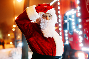Настоящее волшебство: Истории людей, которые работают Дедом Морозом