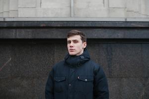«Больше всего претензий к Жириновскому»: 18-летние на выборах