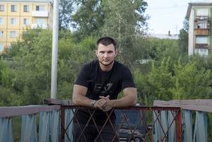 Павел Зацепин — о Верхней Набережной, тренировках на износ и двух чизкейках
