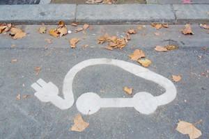 Иностранный опыт: Прокат электромобилей в Париже