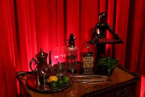 Ар-нуво в особняке: Ibsen Bar