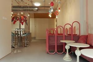 Clear Barn в Ельцин Центре, кофейня Pulse, пекарня «Окна на юг» и бар «Леонид Исаакович»