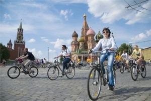 Велопарад Let's bike it!: Чего не хватает велосипедистам в городе