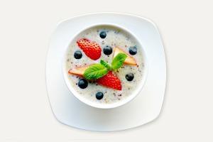 Завтраки дома: Каша из киноа с миндальным молоком из кафе Fresh