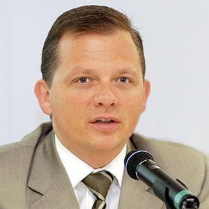 Маттиас Кронер (Fidor): Интернет-банк не нуждается в менеджерах, офисах и других пережитках прошлого