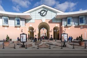 Как выглядит новый аутлет-центр на Пулковском шоссе