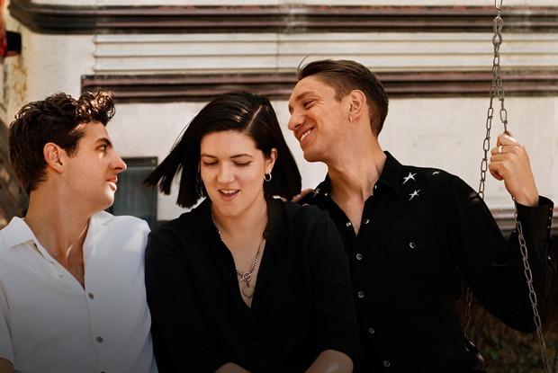 Финал «Шерлока», новый сериал с Томом Харди и альбом The xx