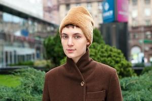 Внешний вид: Соня Тарасова, филолог