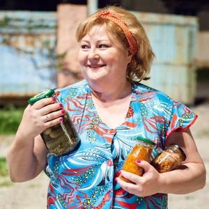 Обновлённая Пятницкая, рекордное застолье с фильмом «Горько!» и второй «Город грехов»