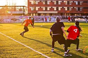 Странные игры: 5 нетрадиционных городских видов спорта