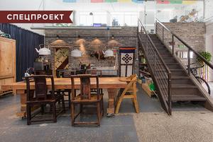 Квартира-мастерская в Шанхае с интерьером из вторичных материалов