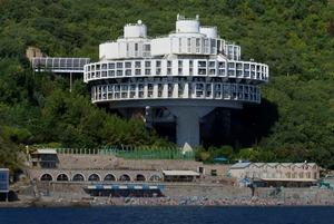 На воды: 8 монументальных российских санаториев
