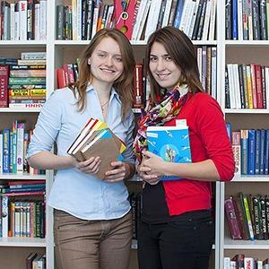 FriendsBook: Удастся ли студенткам заработать на прокате книг?