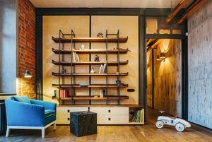 Четырёхкомнатная квартира наОстоженке скрасным холодильником и медными трубами
