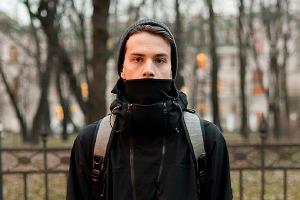 Внешний вид: Олег Акбаров, байер магазина Mint и дизайнер Circle of Unity