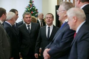 За что россияне возненавидят Госдуму