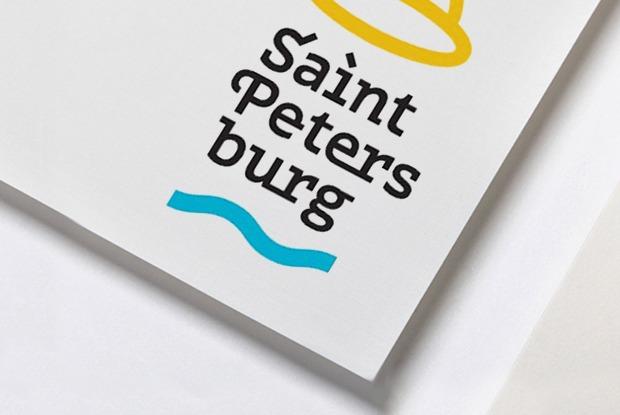 Что дизайнеры и горожане думают о новом логотипе Петербурга?