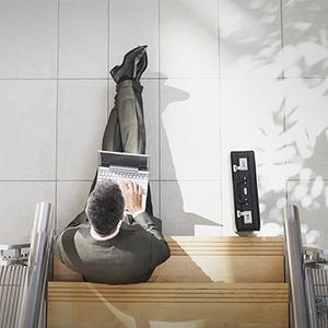 Не вставая со стула: 5 онлайн-платформ для привлечения инвестиций