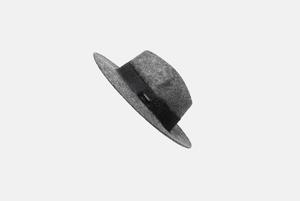 Ушанка, берет, шапка с помпоном и другие головные уборы на зиму