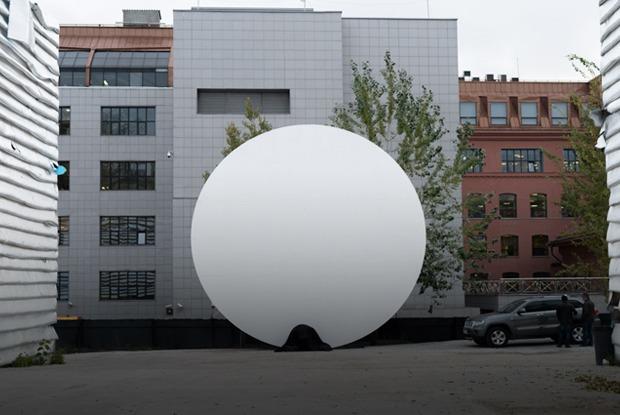 Одинокая луна: Как выглядит «ЭМА» спустя две недели после закрытия