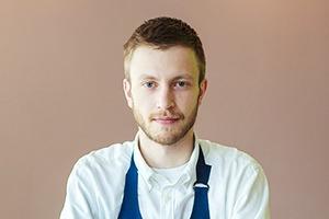 Первые лица: Как подбирают официантов в «Пробке» на Цветном
