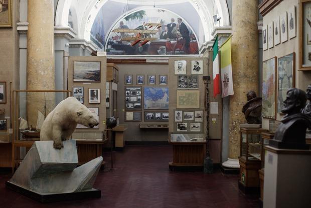 «Переезд невозможен»: Бывший директор музея Арктики и Антарктики — о РПЦ и белых медведях