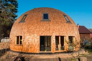 Личная сфера: Как живётся в купольном доме в Подмосковье