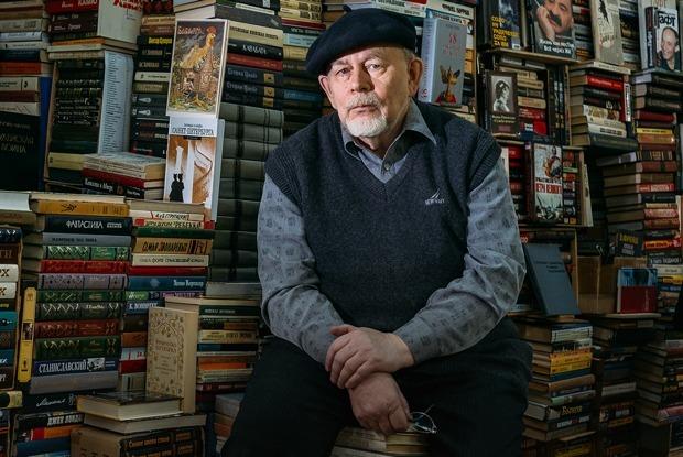 Старожилы книжной ярмарки в ДК имени Крупской (Петербург)