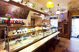 Все свои: Вегетарианское кафе на Казанской улице