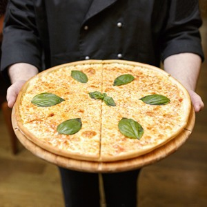 Как трое друзей запустили локальную доставку пиццы «Провинция»